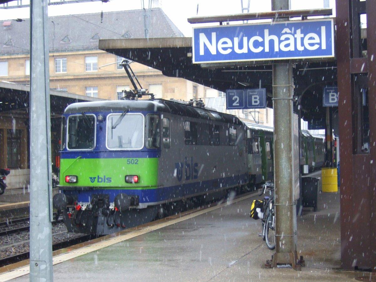 Rückfahrt ab Neuchâtel, immer noch mit Schnee.