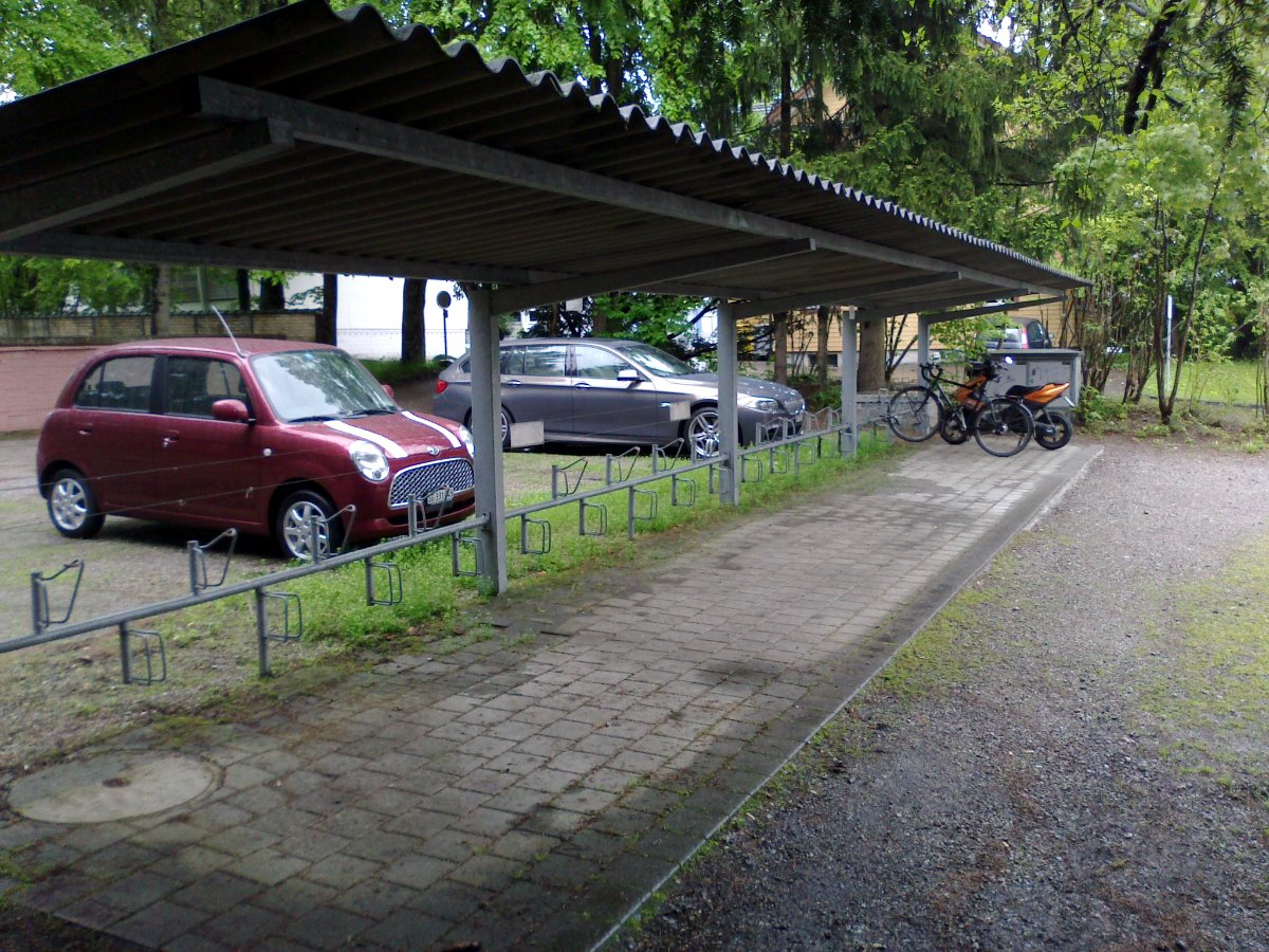 20130510-veloabstellplatz