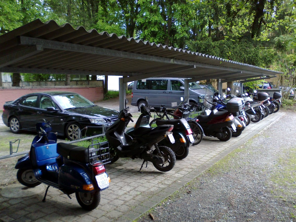 20130513-veloabstellplatz