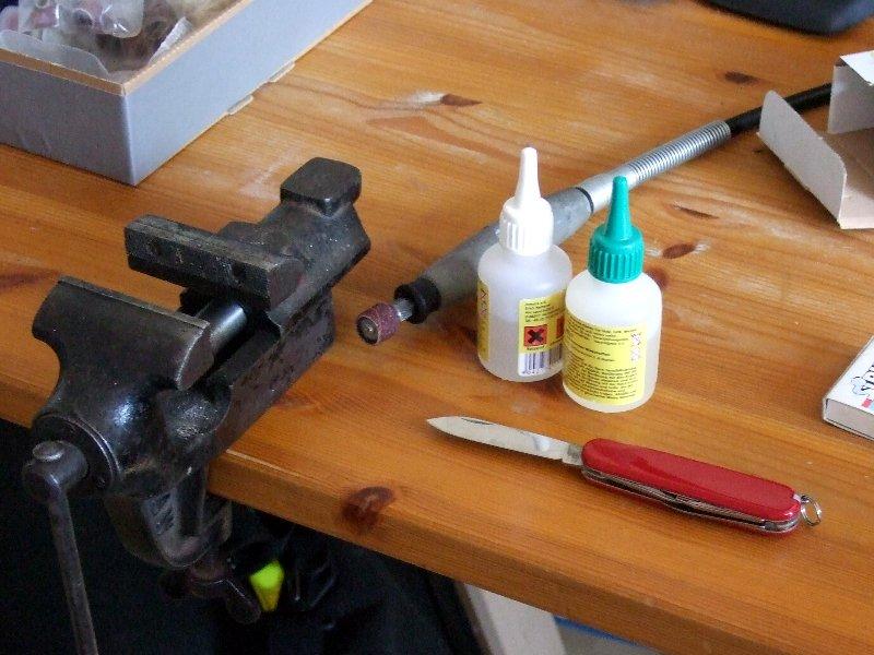 Werkzeug und Material