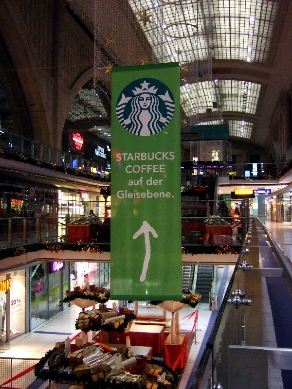 Starbucksbanner Leipzig HB