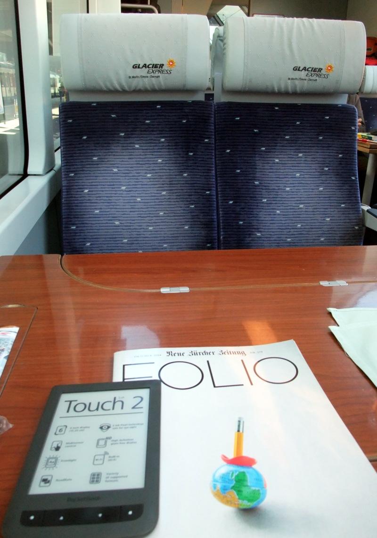 Ich hatte ausreichend Lesestoff für die vierstündige Reise. Ein Dilbert-Buch war auch noch im Gepäck.