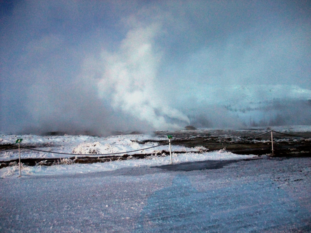 Geothermie, überall schön warm von unten und frostig von oben.