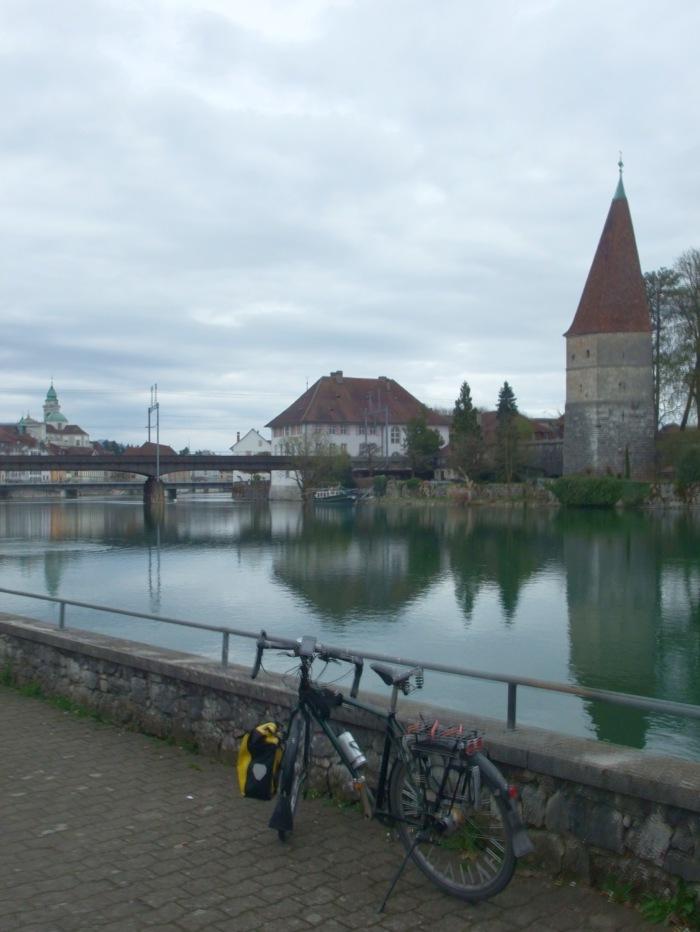 Einfahrt nach Solothurn.