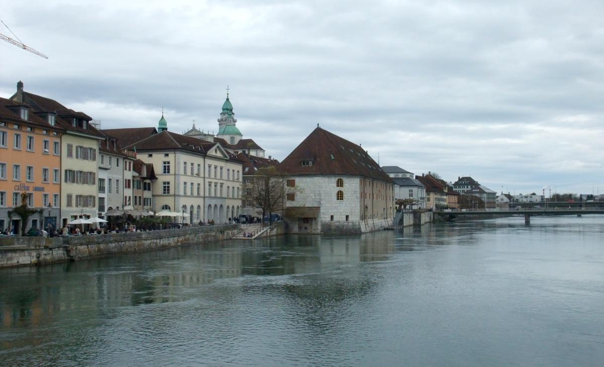 Uferpromenade in Solothurn.