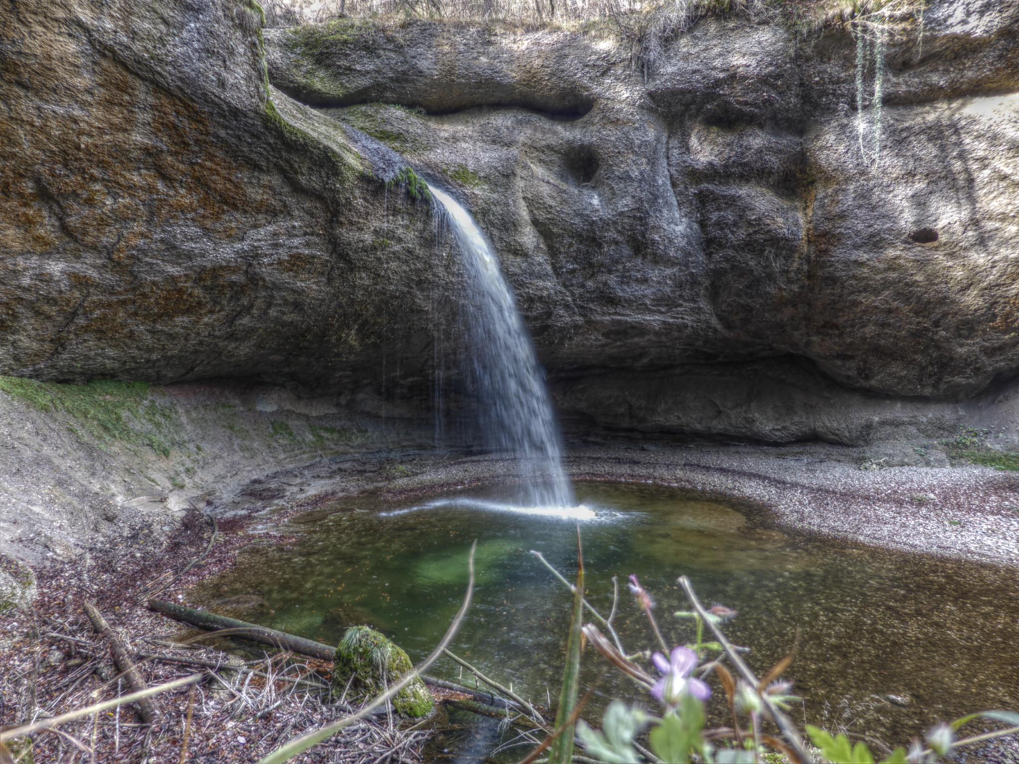 Ein klitzekleiner Wasserfall.