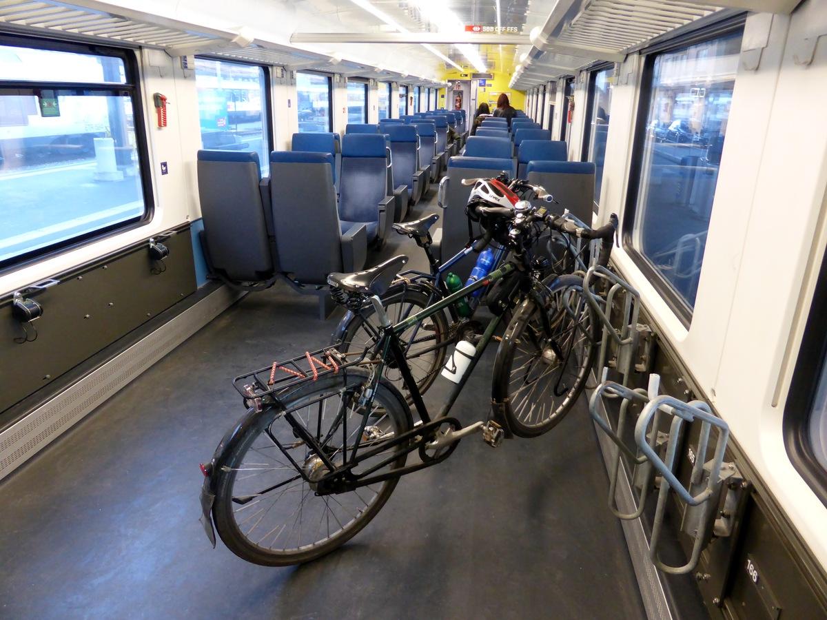Rückfahrt im IR Locarno-Zürich...