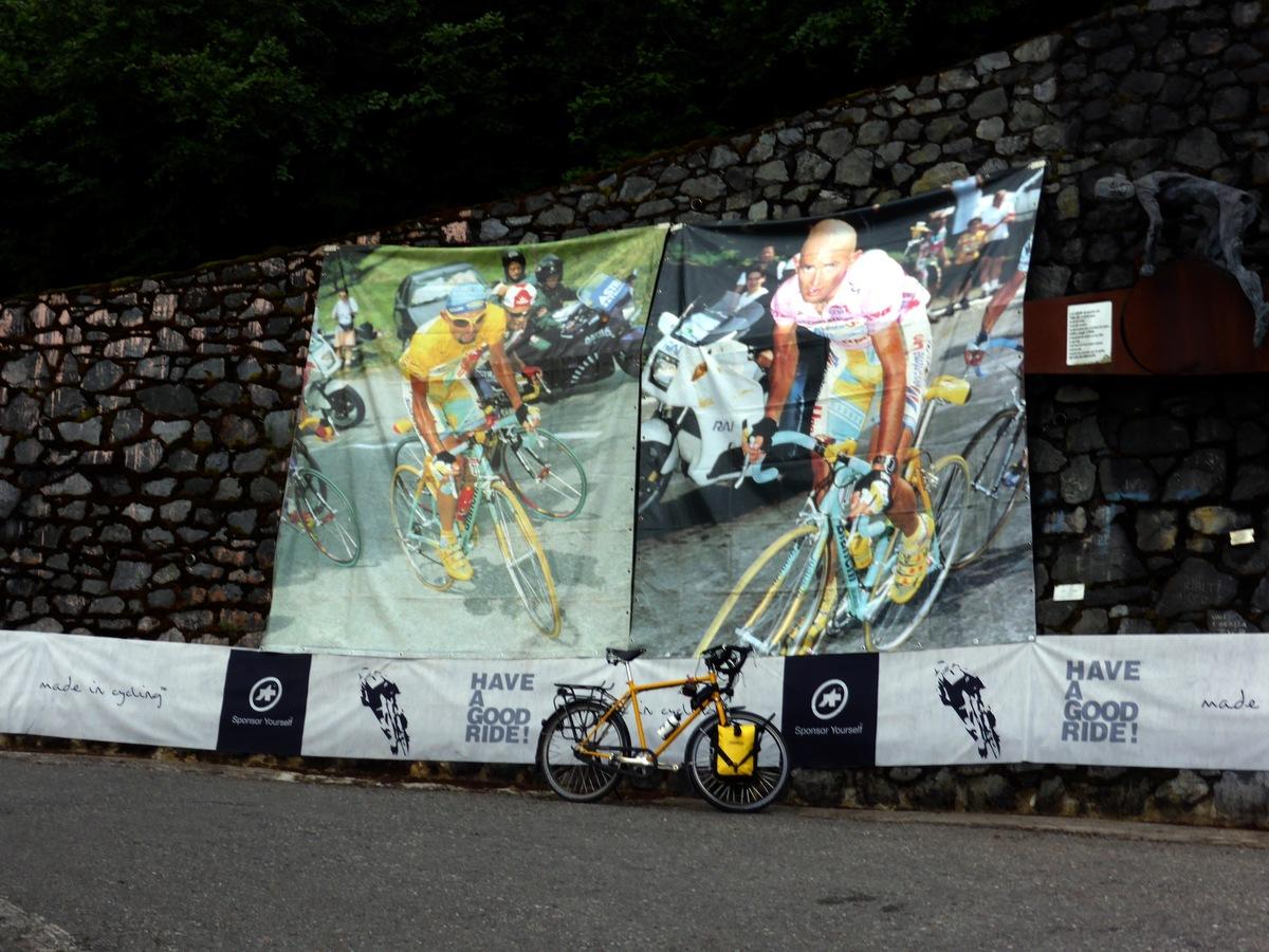Marco Pantani. Vielleicht seine Lieblingskurve?