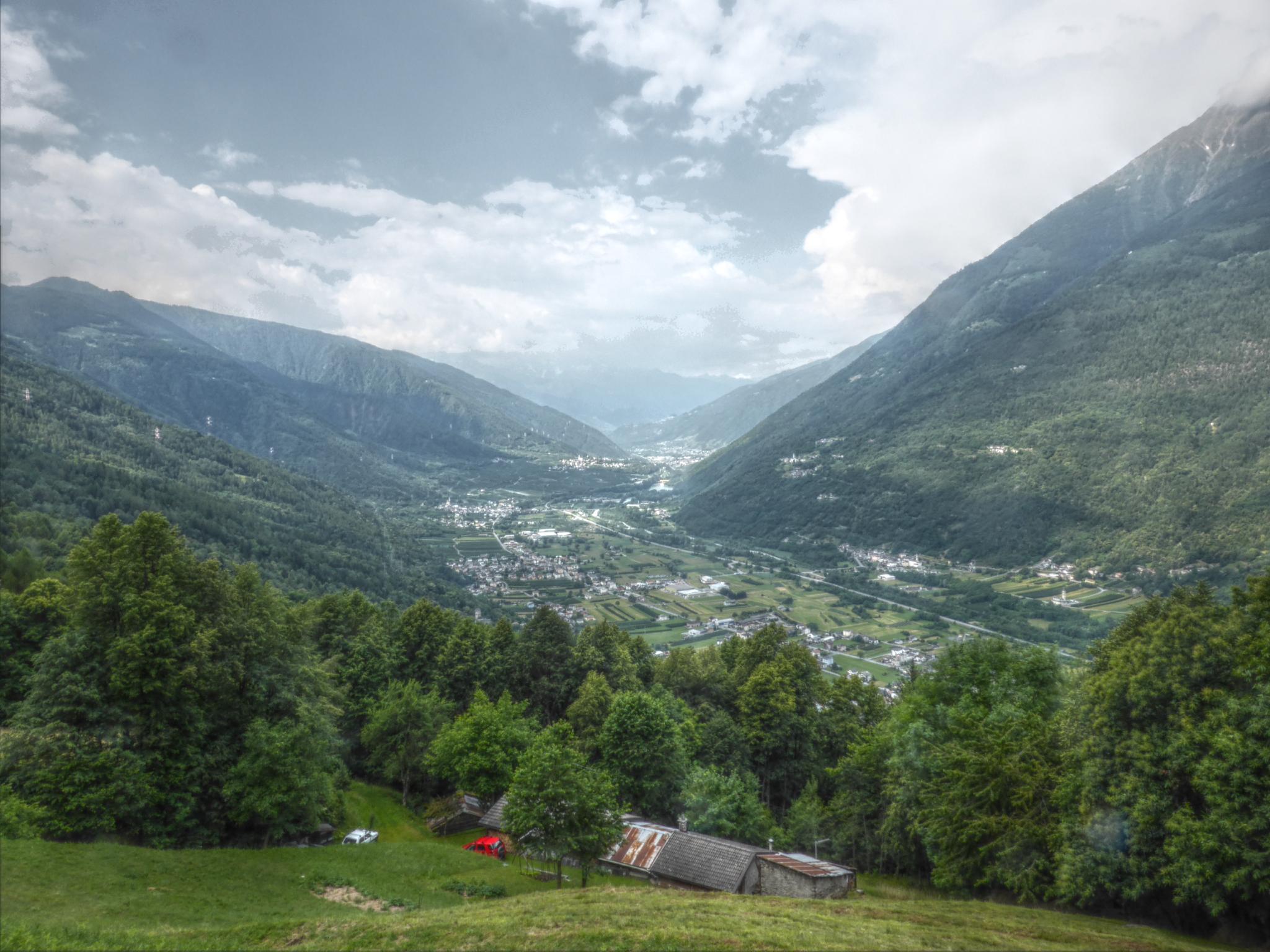 Blick ins Tal nach Tirano.
