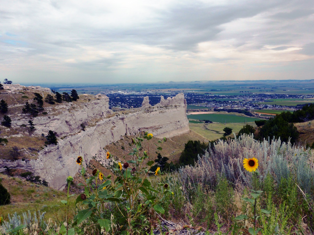 Scotts Bluff Monument.